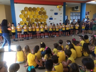 Encerramento do ano letivo com apresentação musical dos alunos do Jardim ll, Jardim lll, 1º e 2º anos.