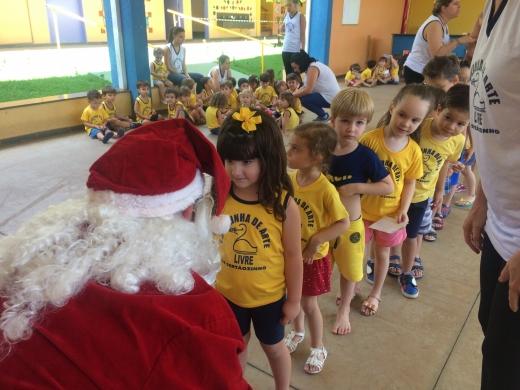 Visita do Papai Noel - Educação Infantil